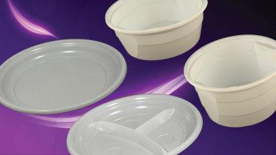 Műanyag tányérok, leveses tálak