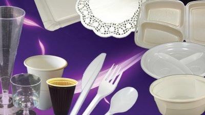 Műanyag edények és habtálcák